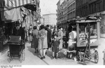 Berlin, im Scheunenviertel, Straßenhandel